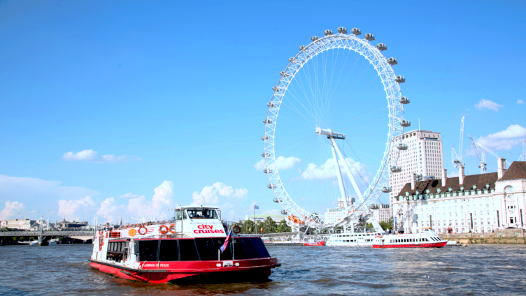 752x424 London eye cruise south bank tourist attraction