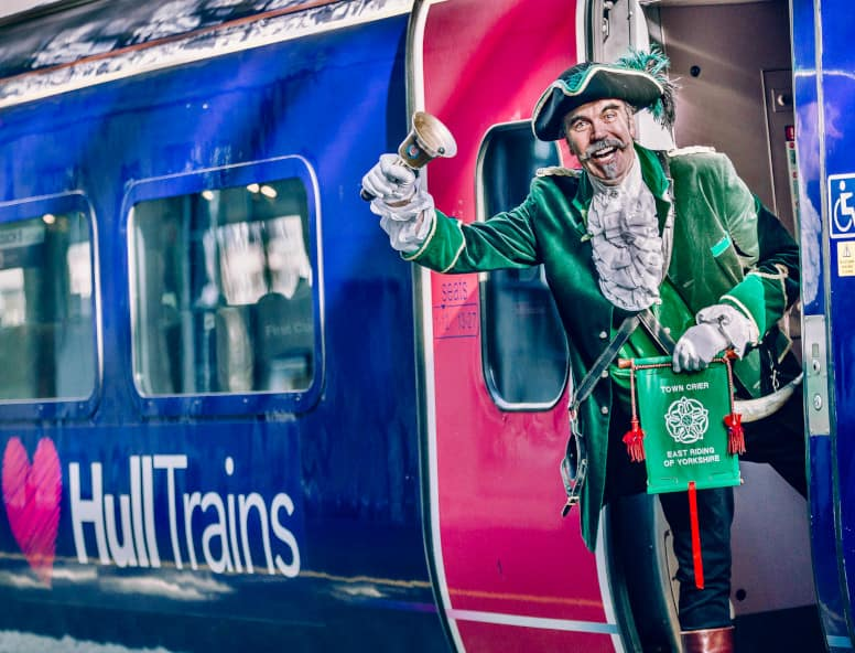Town crier sends passengers on Hull Trains